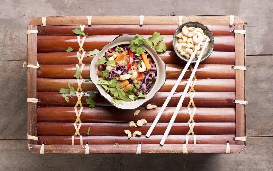 Quinoa To Go Asia Salat