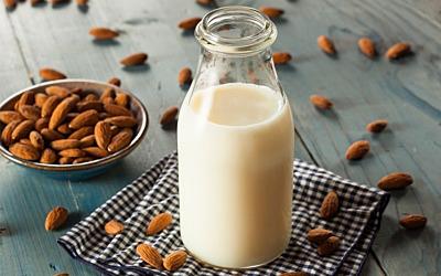 Vegane Milchalternativen - Welche Milch macht´s?